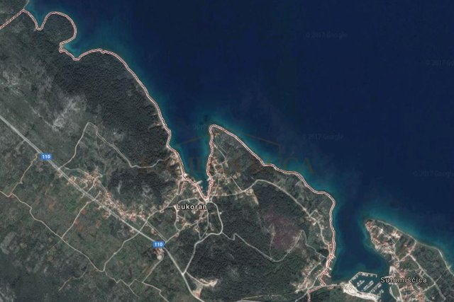 LUKORAN - odlično građevinsko zemljište 100m od mora!