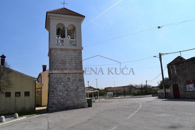 ZADAR BOKANJAC - land of 1800 m2