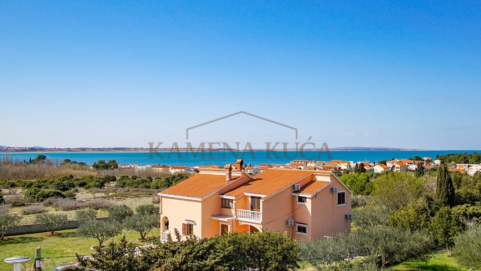 Three bedroom apartment with garden, new building *400m from the sea* beautiful view* Vrsi